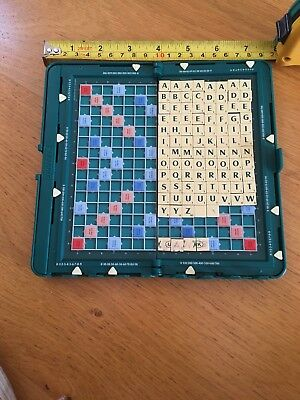 MAGNETIC letter tile for TRAVEL SCRABBLE: GREEN Font Spare replacements