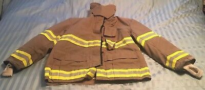 GLOBE GX-7 FIREFIGHTER TURNOUT JACKET Halloween Costume 52 X 32 2005