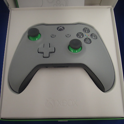 Xbox One controller green and grey