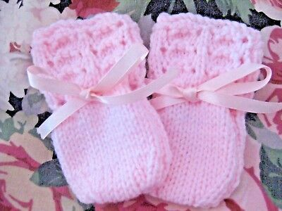 Lovely Hand Knitted Baby Mittens In Pink Size New Born (6)