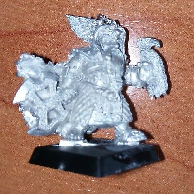 Warhammer - Fantasy - Age of Sigmar: Dwarf Lord with axe and eagle