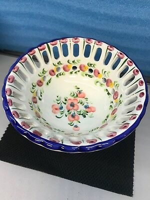 Beautiful Vintage Hand Painted Portugal ceramic decorative Candy Dish. New
