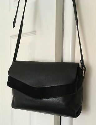 bcc330daaca6 ACCESSORIZE BLACK LEATHER SUEDE panel Shoulder   Cross Body Bag ...