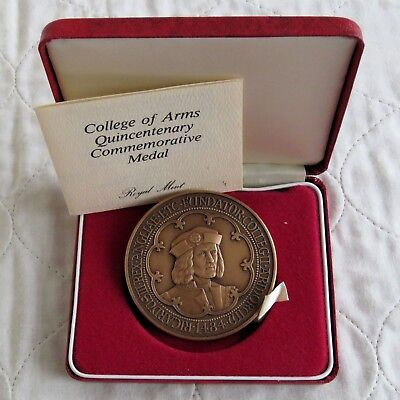 1984 ROYAL MINT 63mm  RICHARD III COLLEGE OR ARMS TONED BRONZE MEDAL -boxed/coa