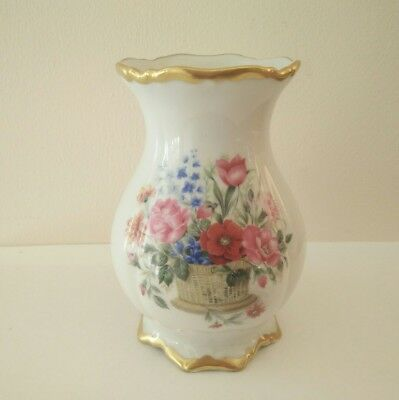 Vintage Germany Vase 22 Karat Gold Bavaria Hand painted  Waldershot Flower Vase