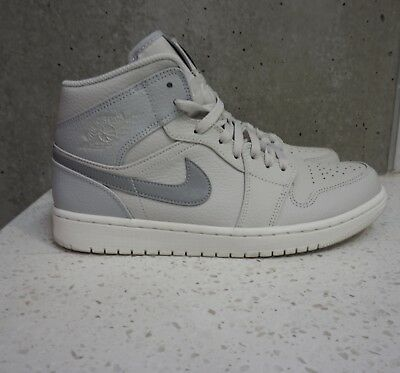 275dd8ee2f7 Nike Air Jordan 1 Mid Wolf Grey size 9.5 cool grey se retro mens 554724-
