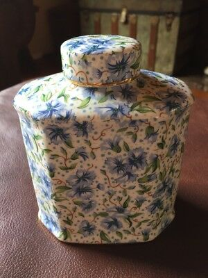 Two's Company Japanese Style Ginger Tea Jar With Lid Blue Floral Chintz