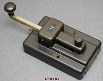 VINTAGE -telegraph KEY GREAT NORTHERN  /A 0383