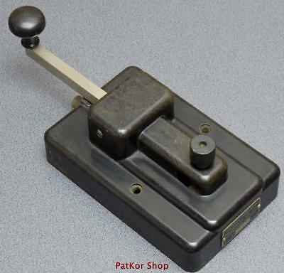 VINTAGE -telegraph KEY GREAT NORTHERN  /A 0386