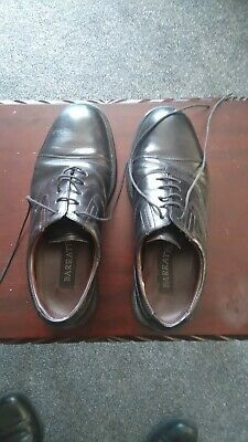 Fine pair of Barratts Dress Shoes size 8   VG Condition Black.