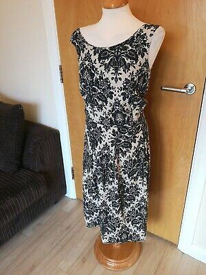2e8fb45be0a Ladies EVANS Dress Size 22 24 Black Cream Floral Fit And Flare Party Evening