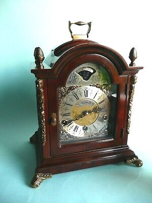 Vintage Bracket Clock, Chimes, Moon Phase, 1/4 hour striking............ref.1508