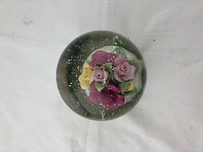 "Royal Albert OLD COUNTRY ROSES"" MUSICAL SNOW GLOBE"
