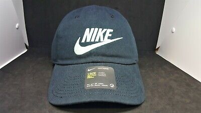 NIKE HERITAGE 86 WOMEN S Black   White Baseball Cap Hat Adjustable ... 6d16a1a884ad