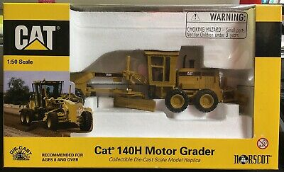 CATERPILLAR CAT 140H Motor Grader 1/50 Scale By DieCast