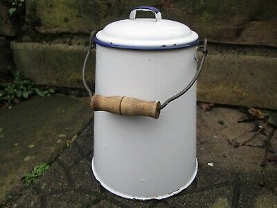 A VINTAGE FRENCH WHITE & BLUE ENAMEL BILLY CAN,WATER/MILK CARRIER or MILK CHURN
