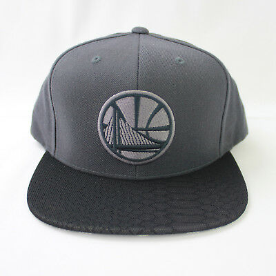 67776ce0924 ... netherlands mitchell ness nba golden state warriors hologram brim stop  on a dime snapback f15b5 b3943