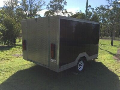 Motorcycle Trailer, Fully Enclosed