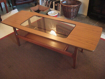 Coffee Table, Retro, Beautiful Condition.