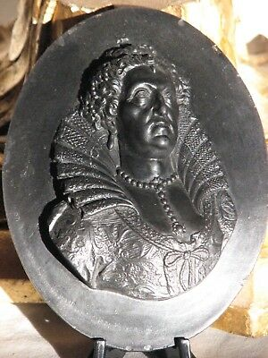 Wedgwood C.1779 Queen Elizabeth I Basalt Medallion After Van Der Hagen Gaspar