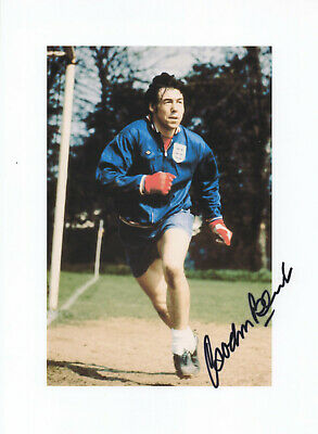 GORDON BANKS Signed In Person 10x8 Photo WORLD CUP 1966 PELE Save COA