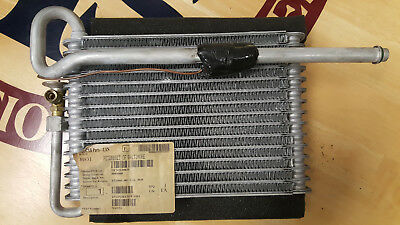Genuine Peterbilt NA0151 sleeper evaporator core with expansion valve