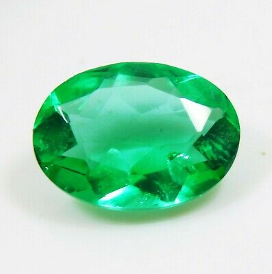 Natural 5.50 Cts. Untreated Oval Cut Colombian Loose Emerald Gemstone. 1146