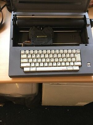 Smith Corona SL460 Portable Electric Typewriter With Cover