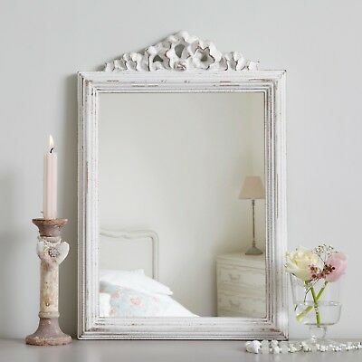 36 x 52cm Vintage French Style Painted Chic Mirror - Antique White