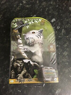 fingerlings Silvertooth Brand New In Box Great Toy😄