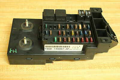 1997 1998  Ford F-150 F-250 Fuse Relay Junction Dash Panel Box Block!!!