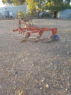 Massey Harris Mouldboard Plough 3 Point Linkage 3 tyne