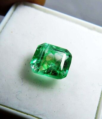 NATURAL 2.00 Ct AAA Untreated  Colombian Loose Emerald GEMSTONE 221 qw