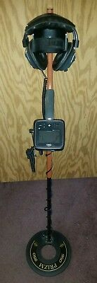 Whites Treasure Pro Metal Detector With Prizm Concentric Coil & Light Headphones