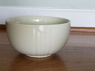 Vintage Hull Pottery Bowl 6 Inch