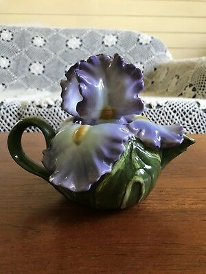Vintage Collectable Iris Shaped Teapot For One Retro Kitsch