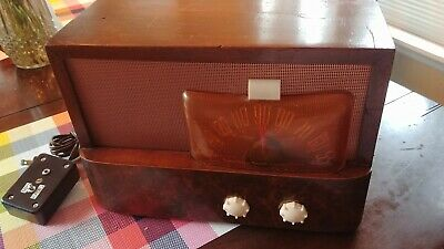Restored Vintage 1947 Emerson Model 541 Radio With MP3 Added
