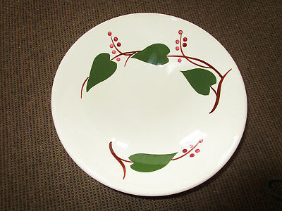 """Canonsburg Sky Line Stanhome Ivy 9"""" Serving Bowl"""