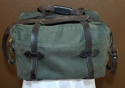 9d41c74058 Filson Rugged Twill Duffle Bag - Medium - Otter Green style 70246 appx  18x13x12