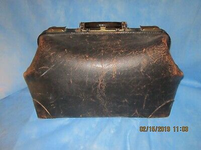 Vintage Cowhide Doctor Medical Bag