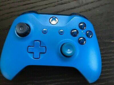 Microsoft (WL3-00018) Xbox One Wireless Controller - Solid Blue USED - READ DESC