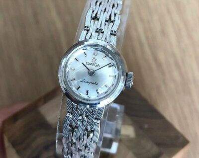 OMEGA LADYMATIC Cal. 661 MINIATURE 17.5 mm 18k WHITE GOLD WRIST WATCH FOR LADIES