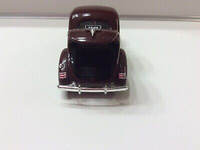 1940 die cast ford deluxe business coupe 1/32 scale