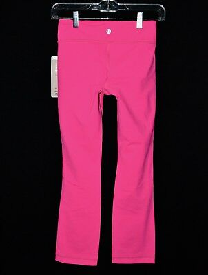 67bcd48a3 New Lululemon pants Size 4 workout med rise ankle length fitted HOT PINK