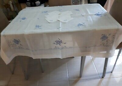 Vintage Blue And White Embroidered Tablecloth & 6 Napkins
