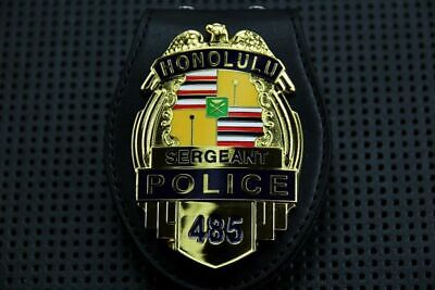 Unofficial Hawaii US Police #485 Honolulu Gold Bage with Belt Clip Holder