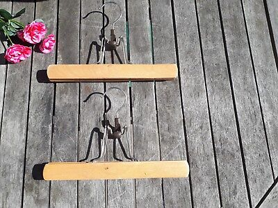2 Vintage Retro Wooden Clamp Clothes Skirt Trouser Hangers