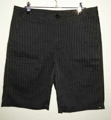 Quiksilver Sz 16 Black Pin Stripe Dress Shorts