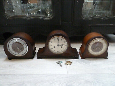 2 x SMITHS WESTMINSTER CHIMING +1 MANTLE CLOCK EX CONDITION 1 APPEARS WORKING.