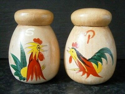 VINTAGE WOODEN MINI SALT & PEPPER SHAKERS with HAND PAINTED ROOSTERS : JAPAN